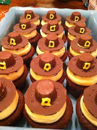 pilgrim hats and turkey cupcakes for thanksgiving
