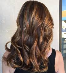 blonde hair with caramel lowlights the 25 best brown hair chalk ideas on pinterest what color