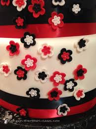 and white lamp wedding cake