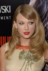 romeo and juliet hairstyles taylor swift has new hairstyle at romeo juliet premiere photos
