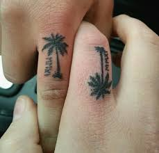 11 fantastic tree tattoos designs for fingers