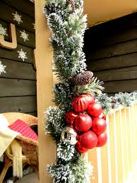 front porch christmas decorating ideas country christmas front porch christmas decorating ideas garland with ornaments