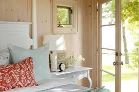 7 old lake cottage style decorating cottage decorating ideas