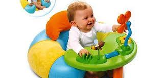 table d eveil avec siege table activité bébé avec siege pi ti li