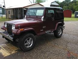 burgundy jeep wrangler 2 door black hard top 383 stroker edlebrock holley carb lift kenwood