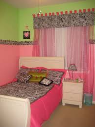 pink and green room pink and green walls in a bedroom ideas pcgamersblog com