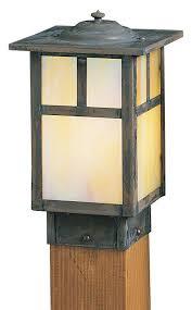 Outdoor Lighting Posts - best 25 craftsman outdoor lighting ideas on pinterest exterior