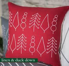 Decorative Pillows At Christmas Tree Shop by Best 25 Scandinavian Pillows Ideas On Pinterest Scandinavian