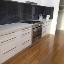 Laminate Flooring In Kitchen by Epic Decorating Ideas Using Rectangular White Wooden Cabinets And