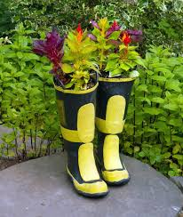 tree stump planters rain boot planters diy guide and 15 ideas gallery