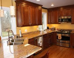 Light Birch Kitchen Cabinets Kitchen Kitchen Laminate White Kitchen Wood Floors Kitchen