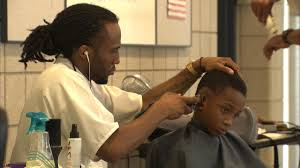 cpd officers giving free back to haircuts abc7chicago com