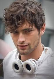 best 25 wavy hair men ideas on pinterest mens haircuts wavy