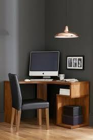 Corner Desk Next Stylist Picks Our Favorite Looks Of The Week Stylist