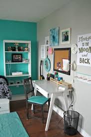 Turquoise Bedroom Bright Bedroom Carpet Girls Bedroom Mint Walls - Teal bedrooms designs