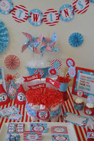 Baby Shower Centerpiece Ideas For Boys by Best 20 Twin Baby Showers Ideas On Pinterest Cute Baby Shower