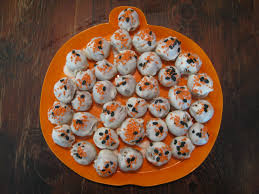 Halloween Cake Pop Ideas by Heidi U0027s Recipes Pumpkin Cake Balls Recipe