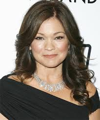 how to get valerie bertinelli current hairstyle valerie bertinelli long wavy formal hairstyle
