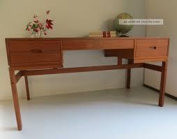 Schreibtisch B O Modern Wohnzimmerz Schreibtisch Designklassiker With Schreibtisch Und