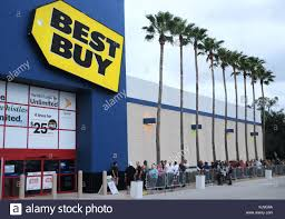 orlando usa 23rd nov 2017 shoppers wait in line to enter a best