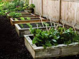 Raised Garden Beds From Pallets - 13 creative diy solutions for raised garden beds webecoist