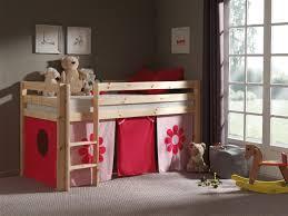chambre en pin massif pas cher lit enfant surã levã pin massif coloris naturel marguerite chambre