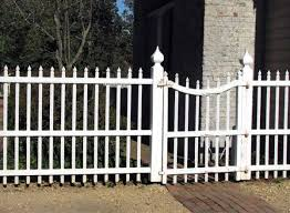 Picket Fences Fence Options For Every House Style Old House Restoration