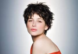 coupe femme cheveux courts coupe de cheveux court femme willowtemp info