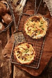 bases cuisine two tasty in crisp pastry bases with