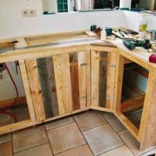 construire meuble cuisine fabriquer des meubles de cuisine avec des palettes en bois