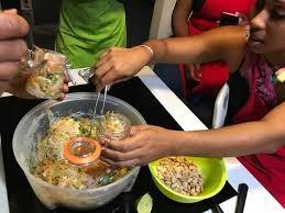 de cuisine antillaise cours de cuisine antillaise avec un chef guadeloupe expedia
