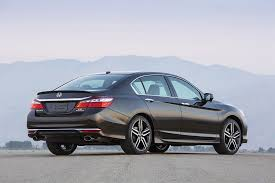 what is the luxury car for honda 2016 honda accord overview cars com