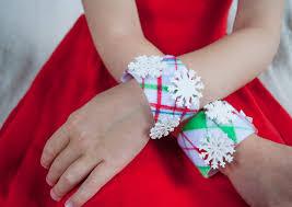 bracelet craft hand images No sew diy christmas bracelets craft for kids merriment design jpg
