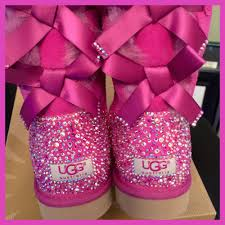 ugg bailey bow sale size 7 for sale bailey bow uggs s size 7 find these and my other