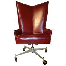 Cool Office Desks Best 25 Cool Office Chairs Ideas Only On Pinterest Man Cave