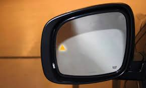 Blind Spot Mirror Where To Put Top 10 Features Drivers Don U0027t Need News Cars Com