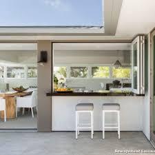 cuisine semi ouverte avec bar cuisine ouverte avec bar sur salon maison design bahbe com