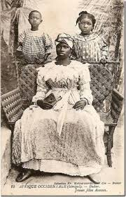 yoruba people the africa guide a yoruba tribal ruler in west nigeria sitting on a throne surrounded