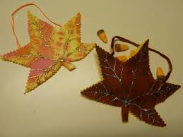 make it easy crafts easy kids craft project autumn leaf party favors
