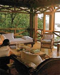 Tree House Home by Stay In A Treehouse Glamp Train Or Cruise For Your Honeymoon
