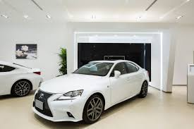 lexus service abu dhabi analysing car showroom design by al futtaim interiors design