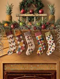 simple christmas tidings scrappy quilts and projects for yuletide