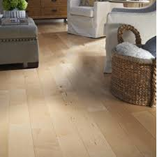 Hardwood Laminate Flooring Shop Flooring At Lowes Com