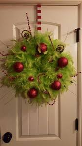 the grinch christmas decorations best 25 grinch decorations ideas on grinch christmas