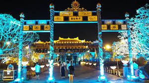 citadel tree lighting 2017 hue imperial citadel officially to open at night from 22 april 2017