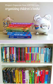 Organizing Bookshelves by Best 25 Organize Kids Books Ideas Only On Pinterest Organizing