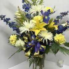 flower delivery indianapolis iris flower delivery in indianapolis eagledale florist