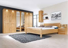 Schlafzimmer Und Babyzimmer In Einem Schlafzimmer Mondo Paolo In Braun Holz Von Mondo Und Komplette