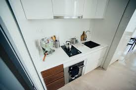 white kitchen cabinets turned yellow how to stop white paint from turning yellow kraudelt painting