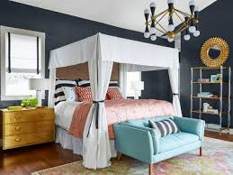 7 unexpected bedroom paint colors that are worth the risk